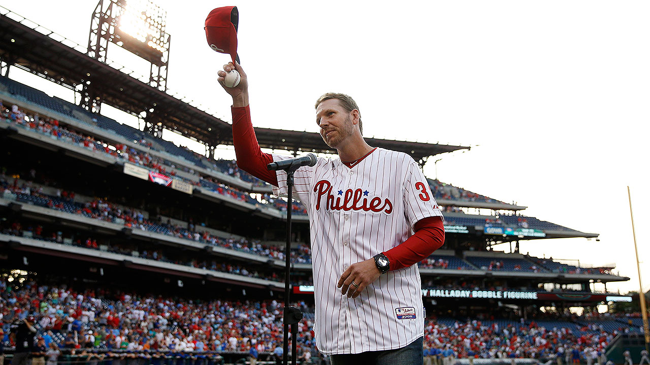 Halladay joining Phils as guest instructor